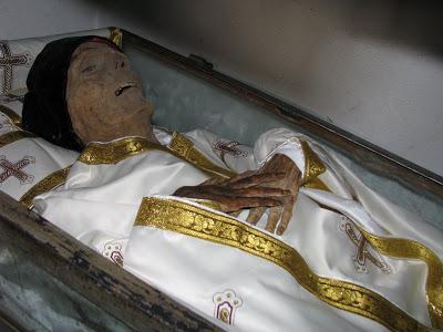 Ciprian Voicila: Sfantul Ilie Lacatusu, marele protector ...